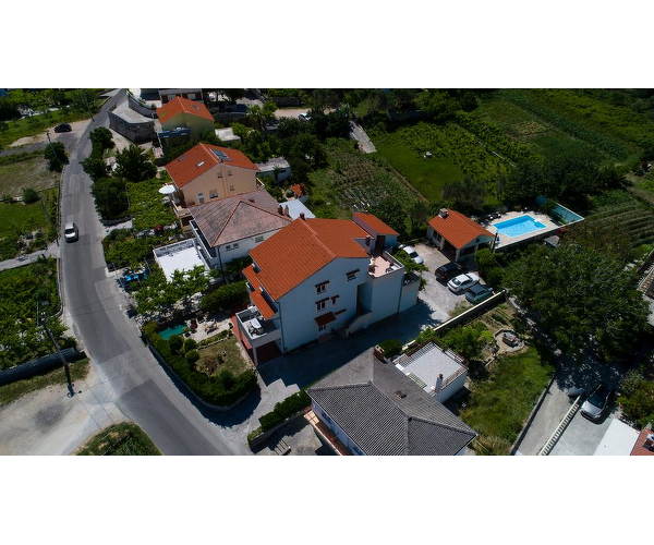 Apartmani Gvačić