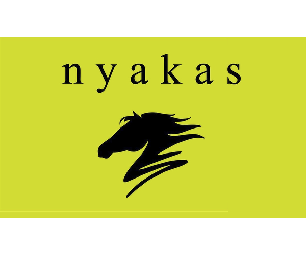 Nyakas Pince